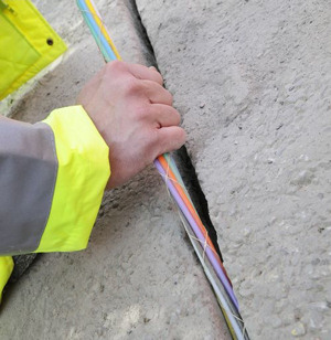 uk fibre optic FTTP FTTC FTTH broadband cable laying