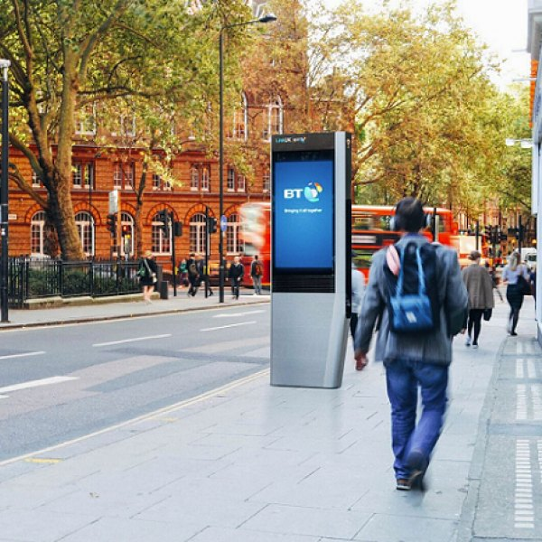 bt linkuk london uk Gigabit free wifi kiosk