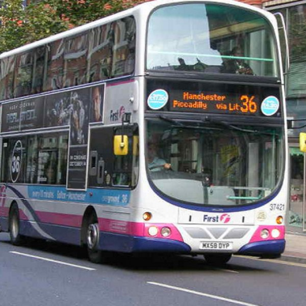 bus_in_manchester