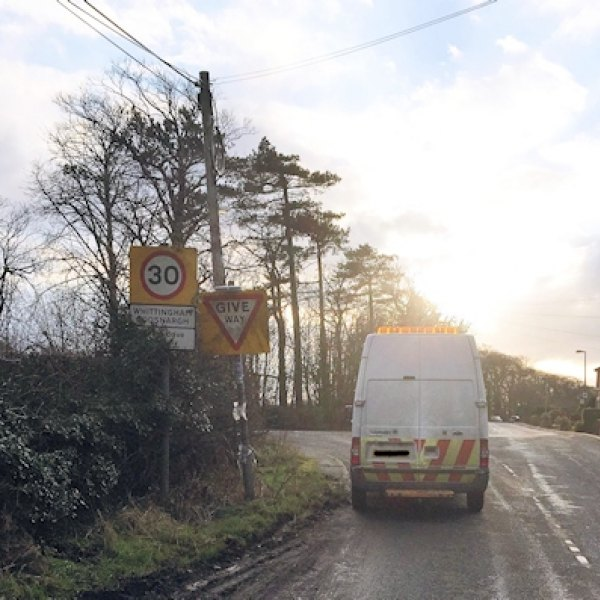 openreach_contractor_on_border_of_inglewhite_and_whittingham_and_goosnargh