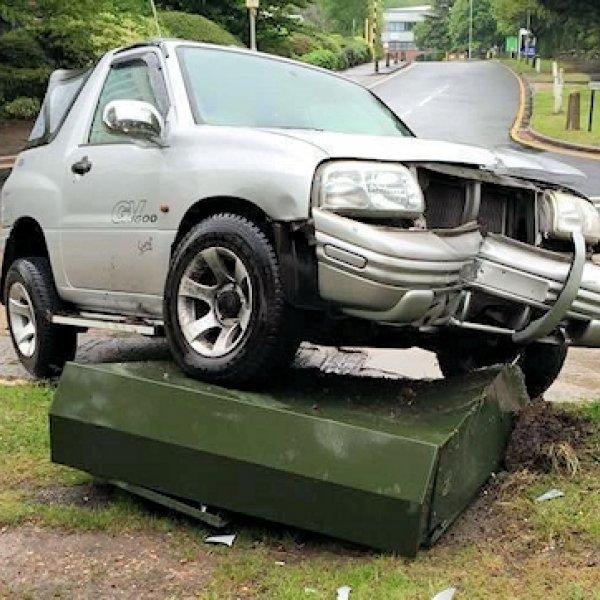 car_crash_into_bt_uk_street_cabinet_by_aaisp_paul