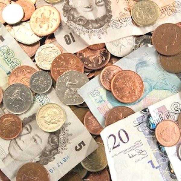 money pounds sterling uk