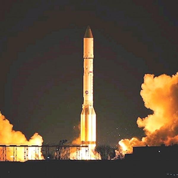 satellite_broadband_launch_proton_rocket