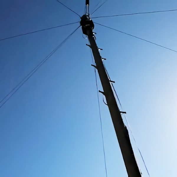 telecoms_telegraph_pole_bt