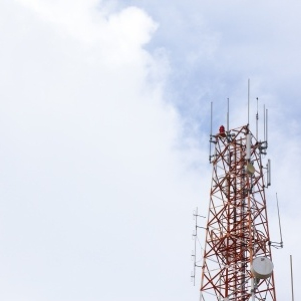 wireless_mobile_network_operator_uk_mast