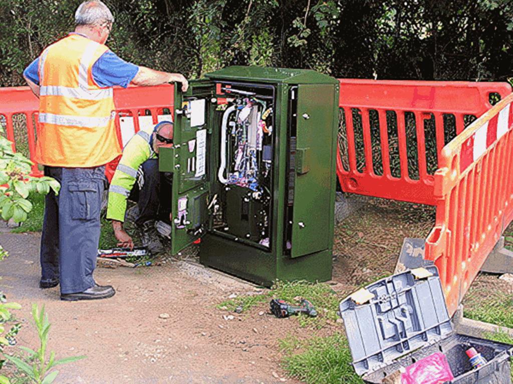 a BT hybrid fibre fttc street cabinet