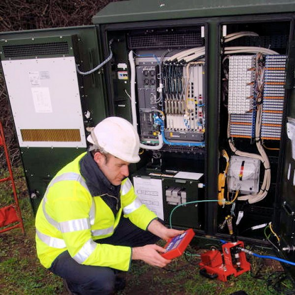 blowing fibre optic cable to fttc cabinet