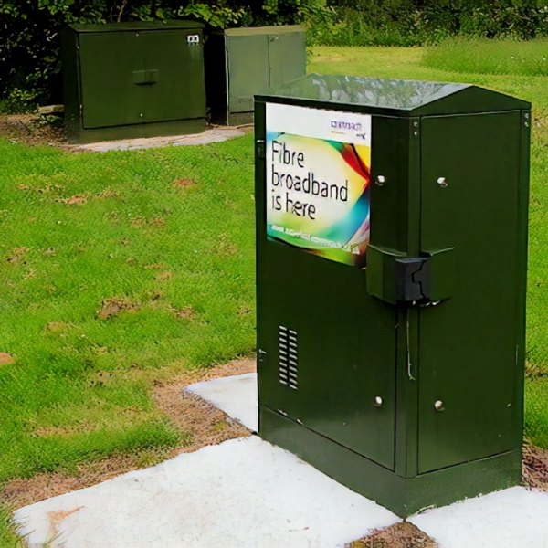 bt fttc fttp fibre optic broadband cabinet uk