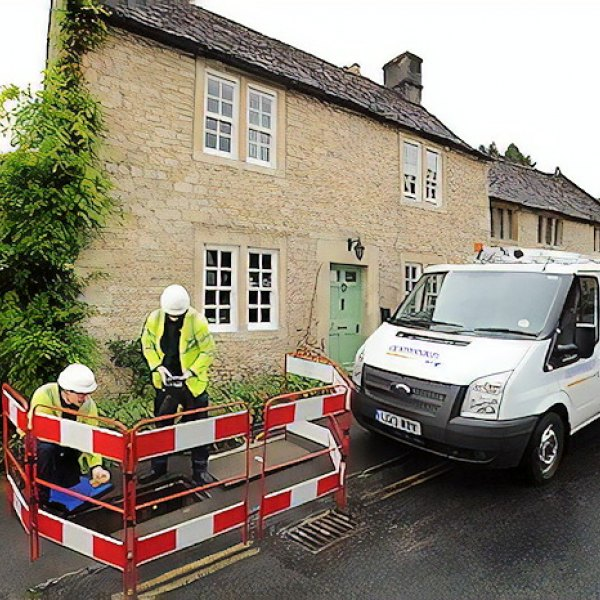 bt_openreach_house_digging