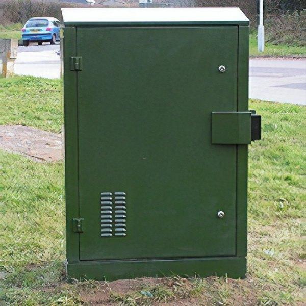 fttc-uk-bt-superfast-broadband-street-cabinet