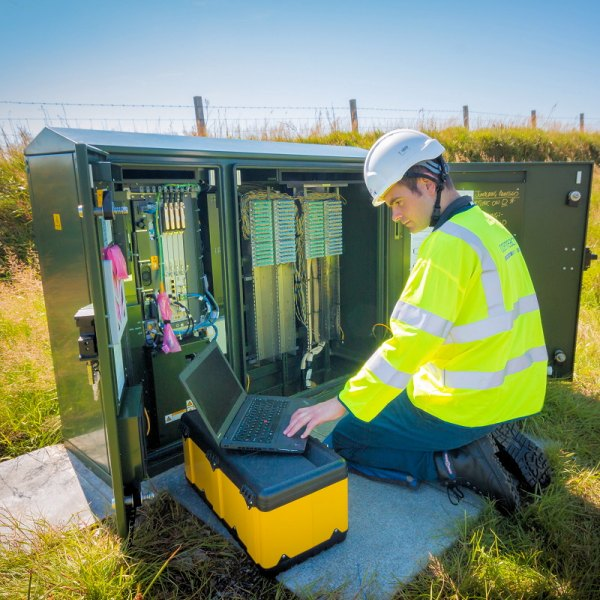long reach vdsl broadband trial at street cabinet