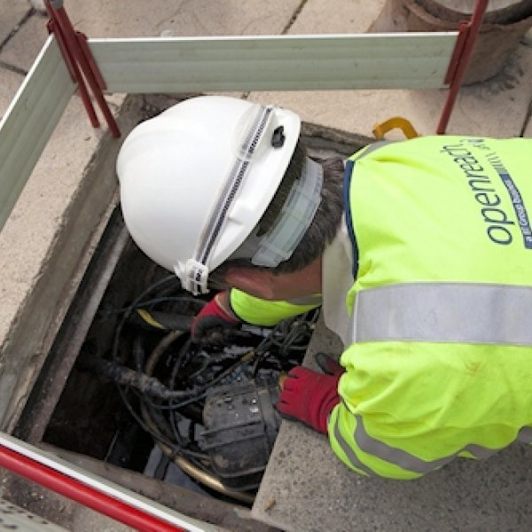 openreach bt cable duct manhole