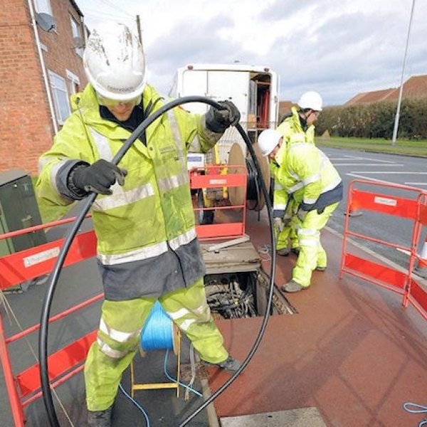 openreach fibre optic cable laying