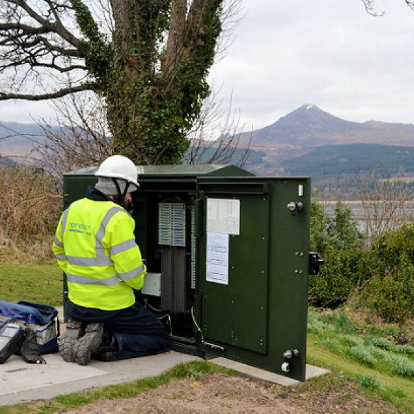 rural fttc openreach bt engineer at work