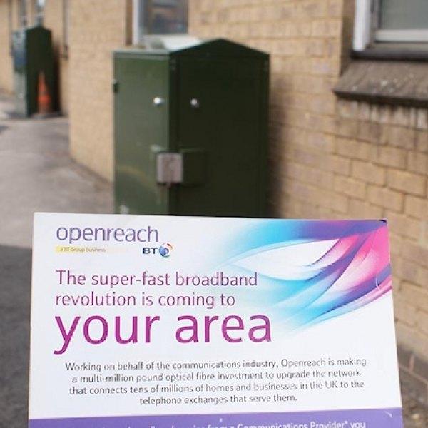superfast_broadband_from_openreach_bt_sign