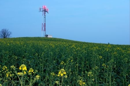 wireless rural broadband field mast