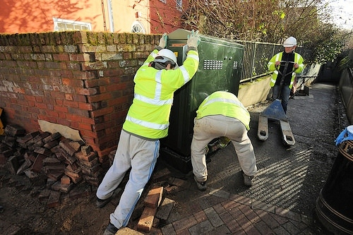 openreach bt engineers struggle with fttc broadband cabinet