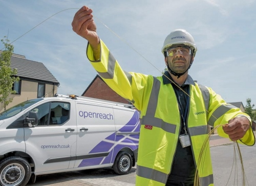 openreach 2017 van and fibre cable with engineer