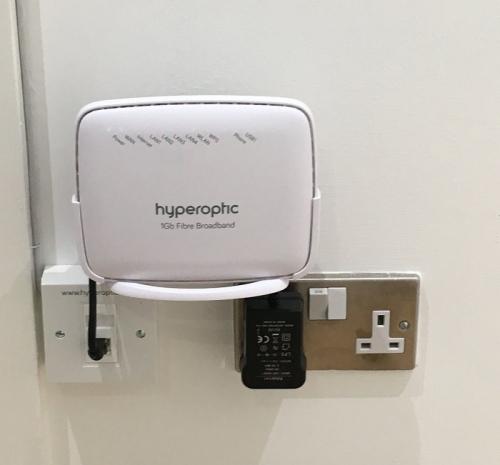 hyperoptic fttp fttb wall install (Twitter)