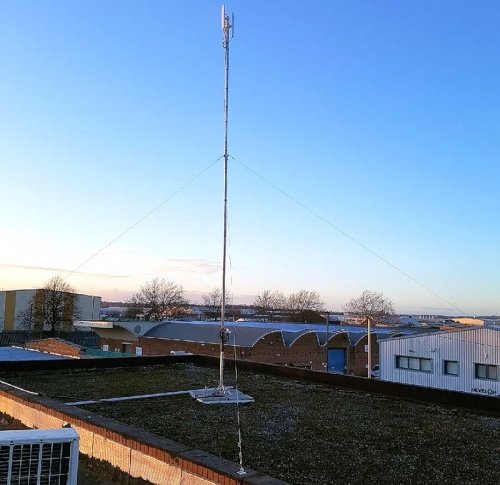 big blue rocket wireless broadband mast