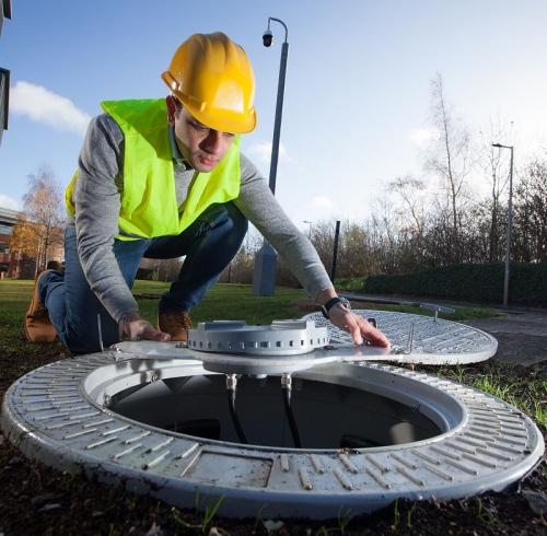 vodafone 4g 5g mobile manholes