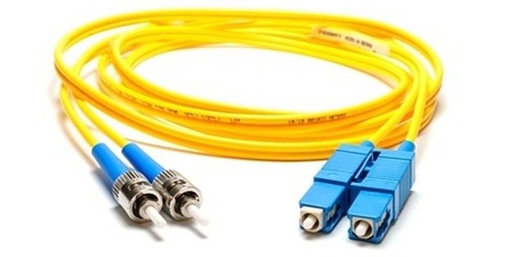 fibre optic yellow cable connector spool