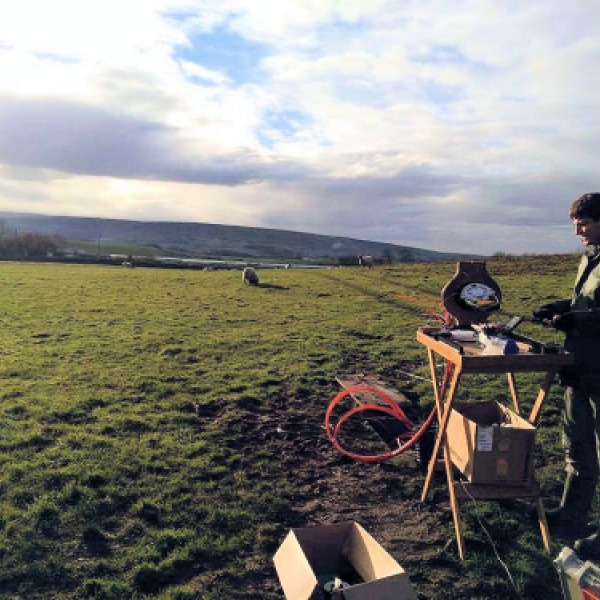 B4RN Fibre Optic Roll-out on a Hill