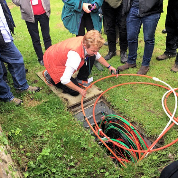 b4rn rural fibre optic cable fibrequeen