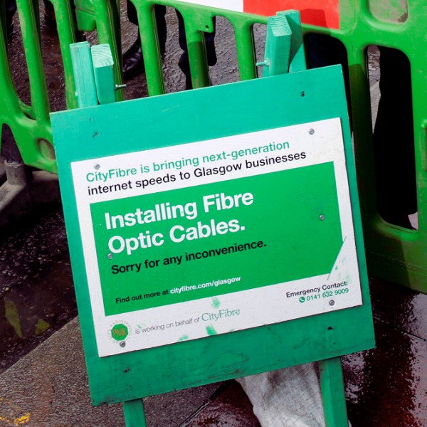 cityfibre installing fibre optic cables in uk city