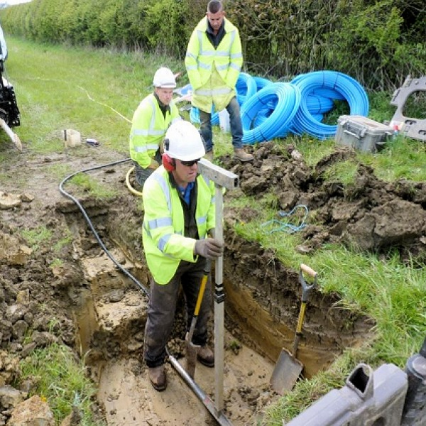 cotswolds_broadband_build