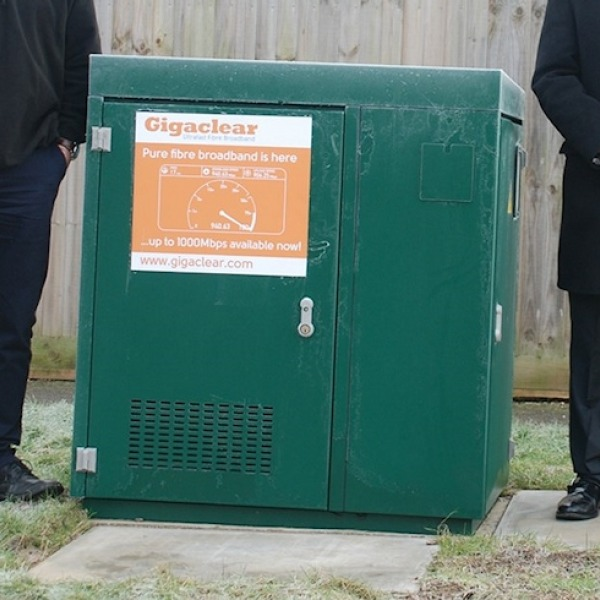 gigaclear fttp frosty street cabinet