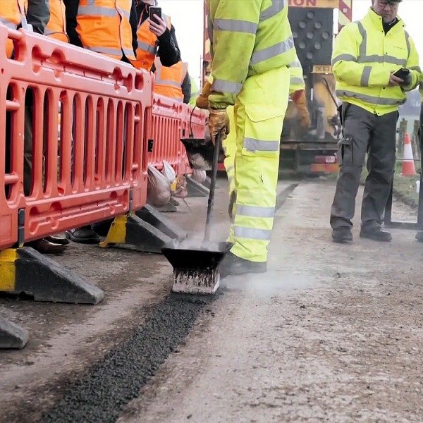 gigaclear narrow trenching uk fttp broadband