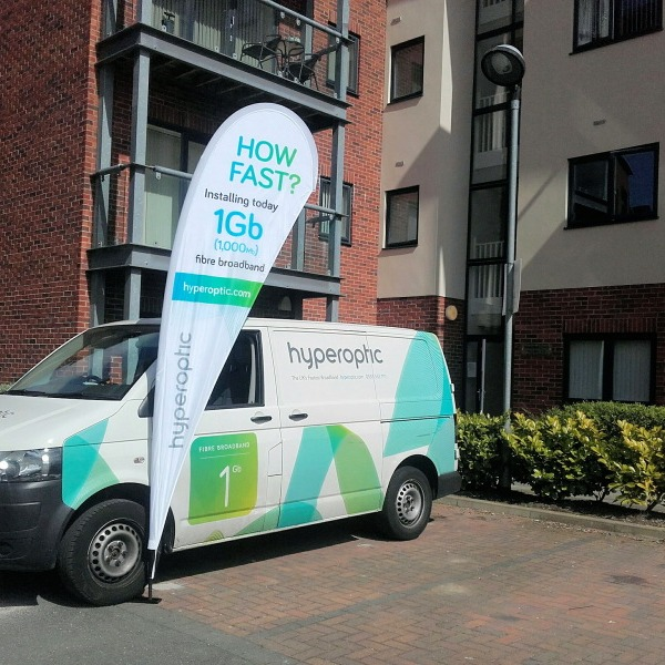 hyperoptic_fttp_fttb_broadband_engineer_van