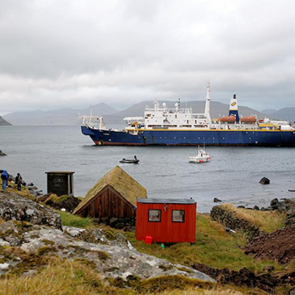 shetland fibre optic cable ship shefa2