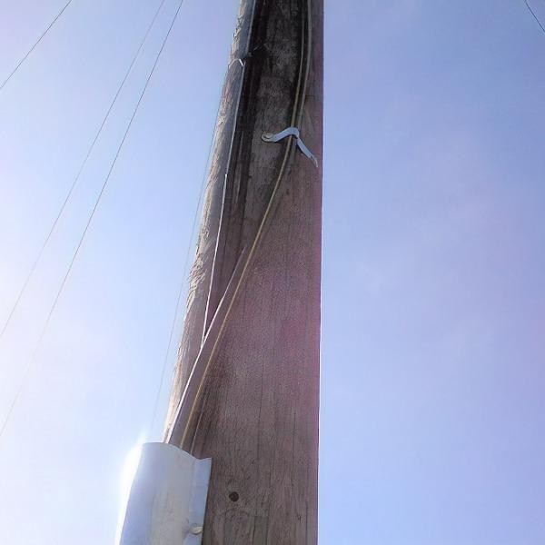telegraph_pole_fibre_optic_cable_bt_community_forum
