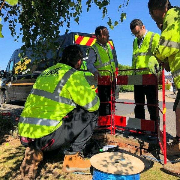 trooli engineers fttp looking down manhole