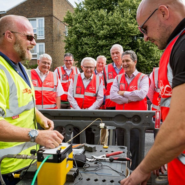 virgin_media_fibre_optic_install_with_mike_fries_and_john_malone