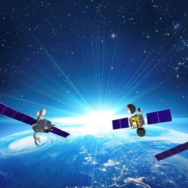 avanti satellite fleet around earth