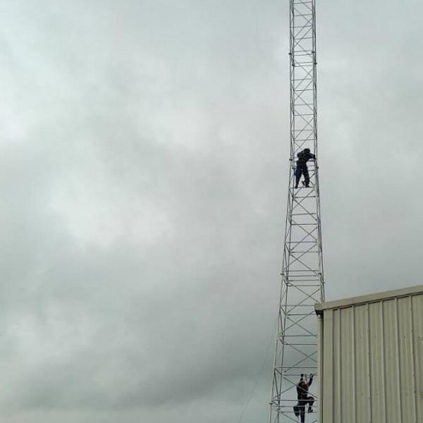 itswisp 21 metre mast