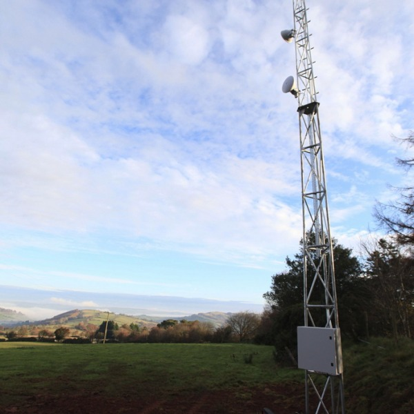 dyfedit yscir wireless broadband mast