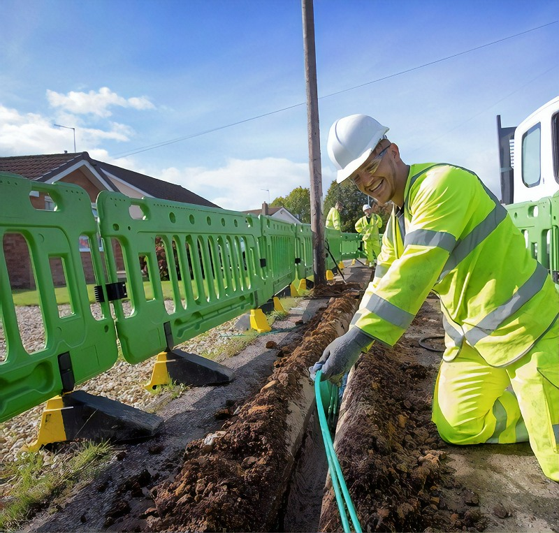 virgin media fibre trench and cable duct