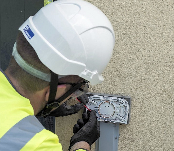 fttp home install outside wall openreach