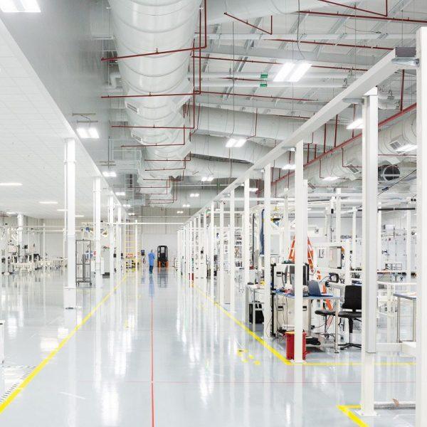 oneweb_leo_satellite_factory