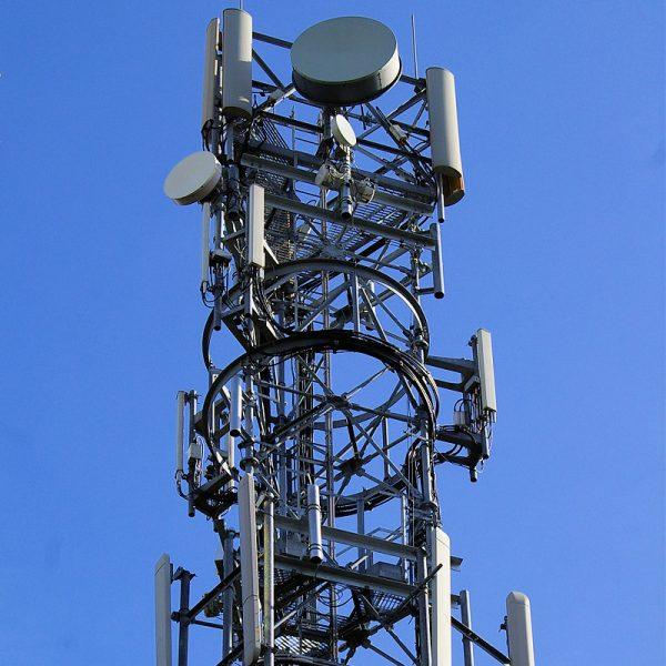 ee mobile tower mast uk