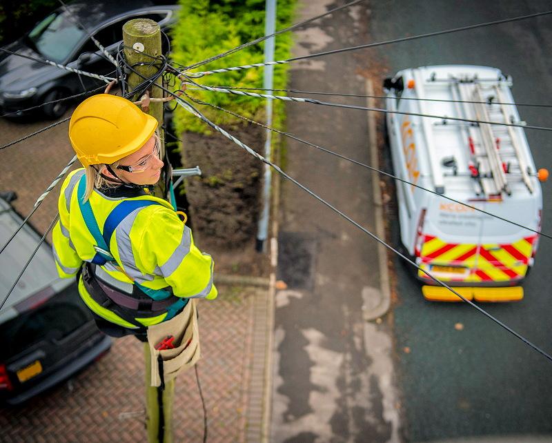 kcom telegraph pole female engineer