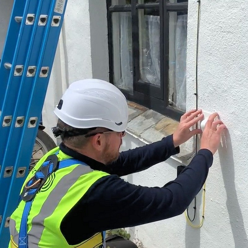 airband fttp install