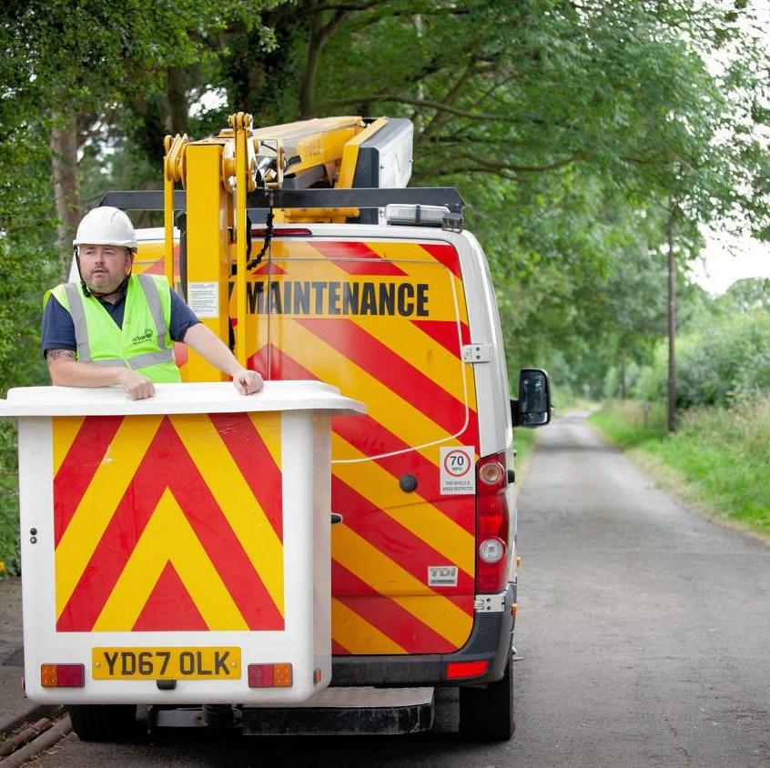 airband fttp build van