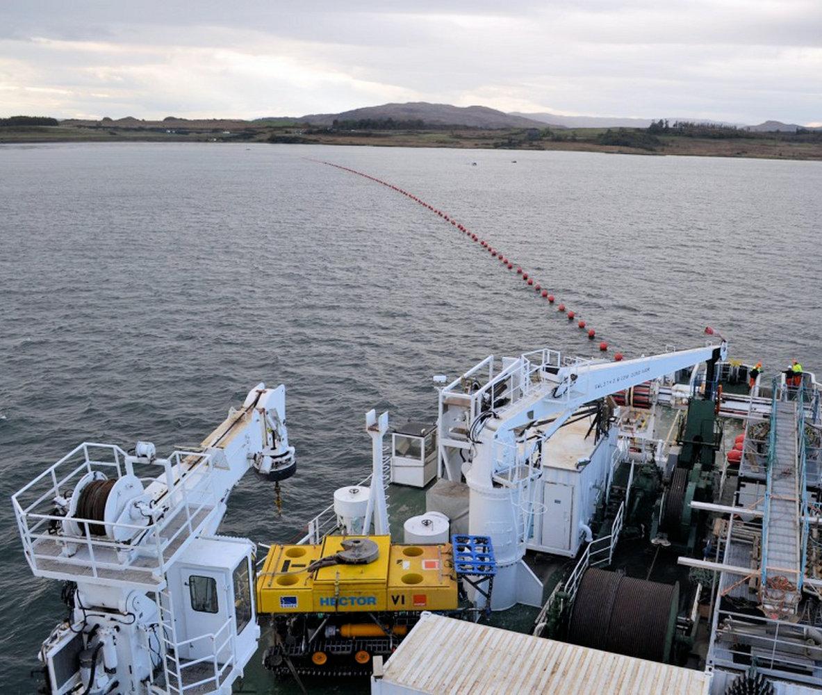 subsea_fibre_optic_laying_openreach_bt_scotland