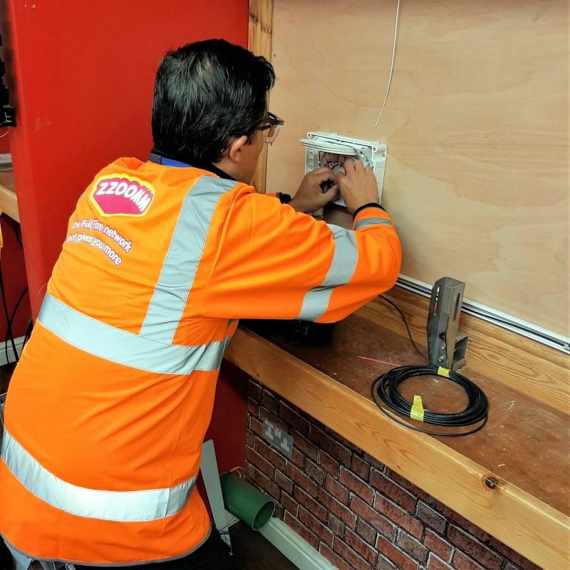 zzoomm engineer wall install