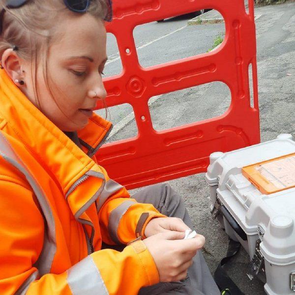 Gigaclear-female-engineer
